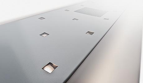 Alu-Mitteldeckensystem mit integrierter Notbeleuchtung