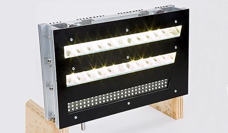 Éclairage avant à DEL dans corps en aluminium