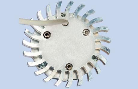 Lampa punktowa sufitowa LED z różnymi nasadkami optycznymi I.